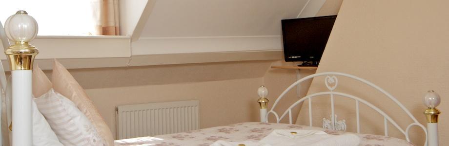 Cunard Guest House Bedroom 5